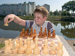 Get your kids to develop their mind with chess!