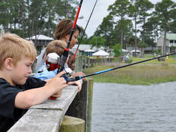 Kids can make friends with other fishing enthusiasts in angling clubs.