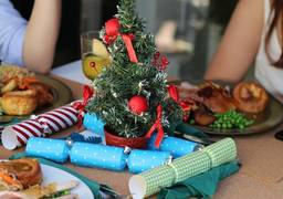 4 tips to staying healthy and fit over the Christmas holidays