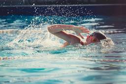 How swimming helps build confidence in children
