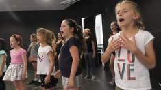 Save 10% off your first term MAIN SCHOOL CLASS (6-12 yrs) Sing! Dance! Act! Elanora Theatre Classes & Lessons 1