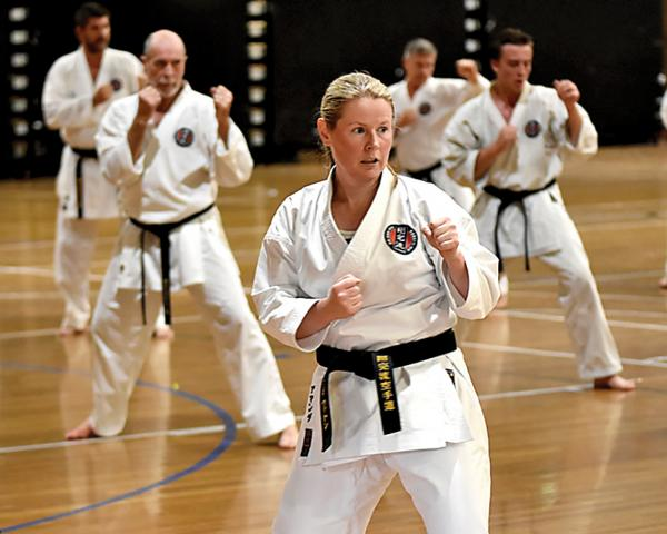 Free Trial Class! Seacombe Gardens Karate Clubs _small